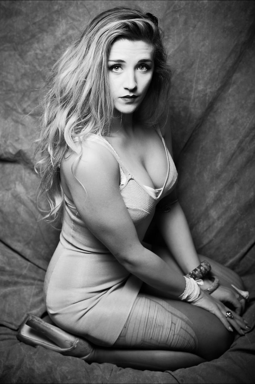 New York Pin Up Girl (Sarah Hoppes Photography)